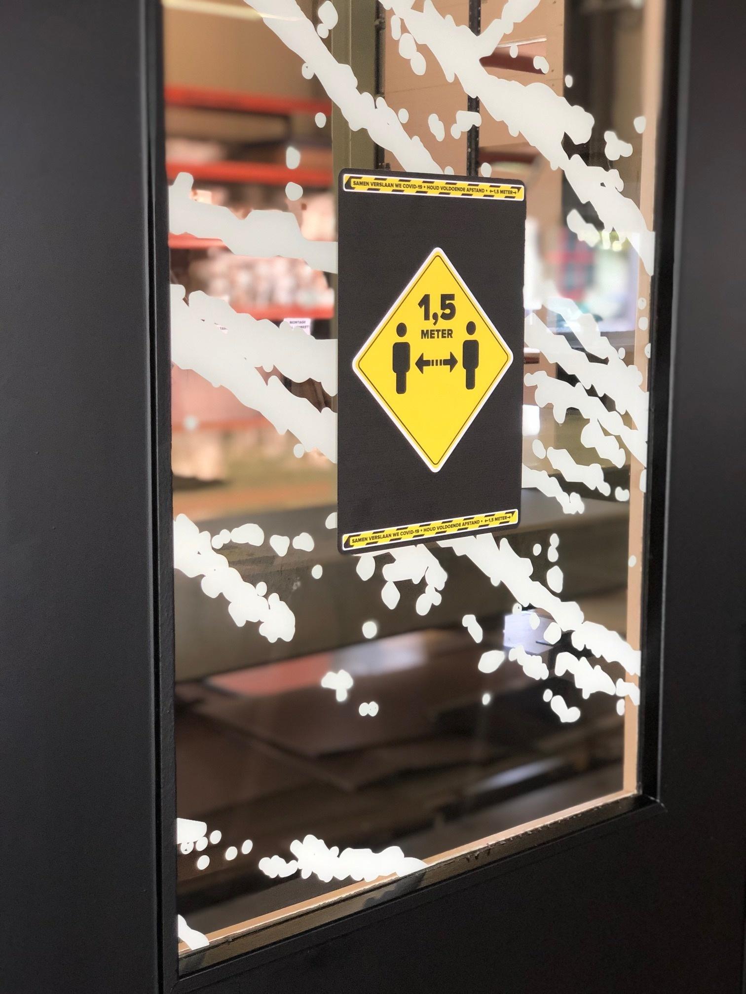 Waarschuwing stickers: Afstand bewaren A4
